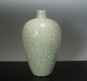 Molded and Carved Meiping, Song Dynasty